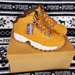 Fila Mens Sneakers Size 11 New with tags